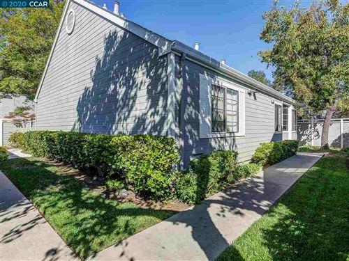 Photo of 1702 Somerset Pl, ANTIOCH, CA 94509 (MLS # 40922709)