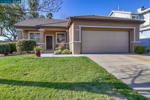 Photo of 867 Blossom Dr, BRENTWOOD, CA 94513 (MLS # 40895710)