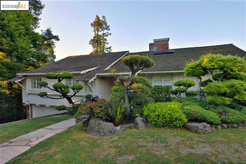 Photo of 245 Sandringham Rd, PIEDMONT, CA 94611 (MLS # 40900710)