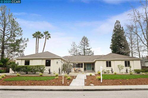 Photo of 134 Haven Hill Ct, DANVILLE, CA 94526 (MLS # 40933710)