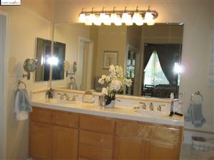Tiny photo for 164 E Country Club Dr., BRENTWOOD, CA 94513 (MLS # 40884711)