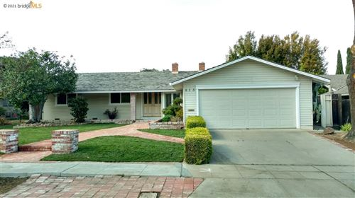 Photo of 813 La Crosse Ct, SUNNYVALE, CA 94087 (MLS # 40940711)