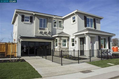 Photo of 32 Havenwood Drive, BRENTWOOD, CA 94513 (MLS # 40890712)