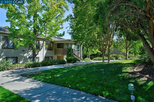 Photo of 1125 Fairlawn Ct. #5, WALNUT CREEK, CA 94595 (MLS # 40967713)