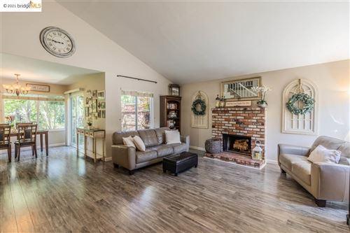 Photo of 1583 Denkinger Rd, CONCORD, CA 94521 (MLS # 40945714)