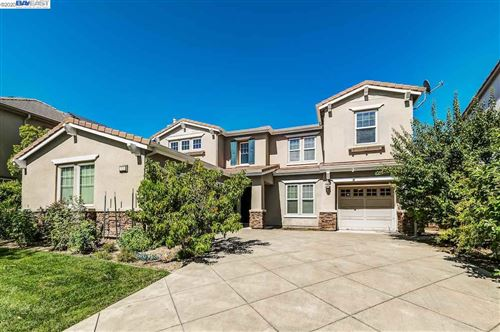 Photo of 1225 Royal Creek Ct, PLEASANTON, CA 94566 (MLS # 40917715)