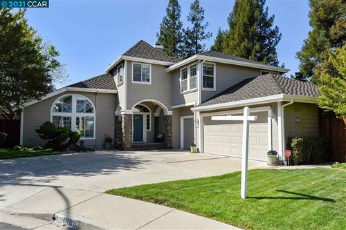 Photo of 1125 Kaitlin Pl, CONCORD, CA 94518 (MLS # 40945717)