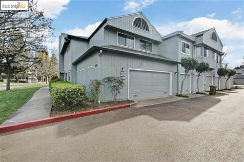 Photo of 200 Sunspring Ct, PLEASANT HILL, CA 94523 (MLS # 40898718)