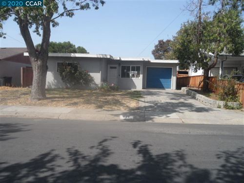 Photo of 621 Donna Dr, MARTINEZ, CA 94553 (MLS # 40921718)