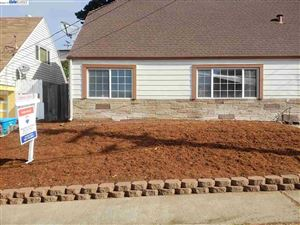 Photo of 623 Southmoor Dr, PACIFICA, CA 94044 (MLS # 40874719)