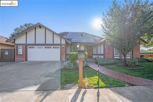 Photo of 502 Nottingham Dr, BRENTWOOD, CA 94513 (MLS # 40922722)