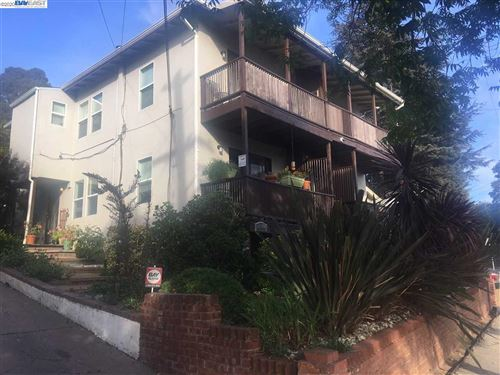 Photo of 4844 Daisy St #B, OAKLAND, CA 94619 (MLS # 40921724)