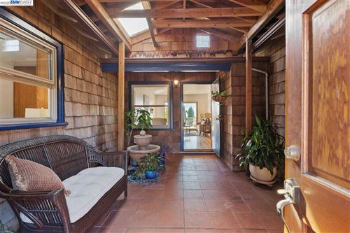 Tiny photo for 7701 Crest Ave, OAKLAND, CA 94605 (MLS # 40925724)