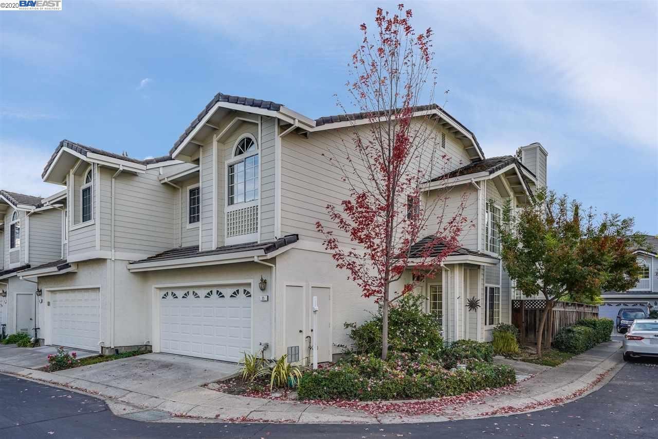 Photo for 35 Copperfield Ln, DANVILLE, CA 94506 (MLS # 40928724)