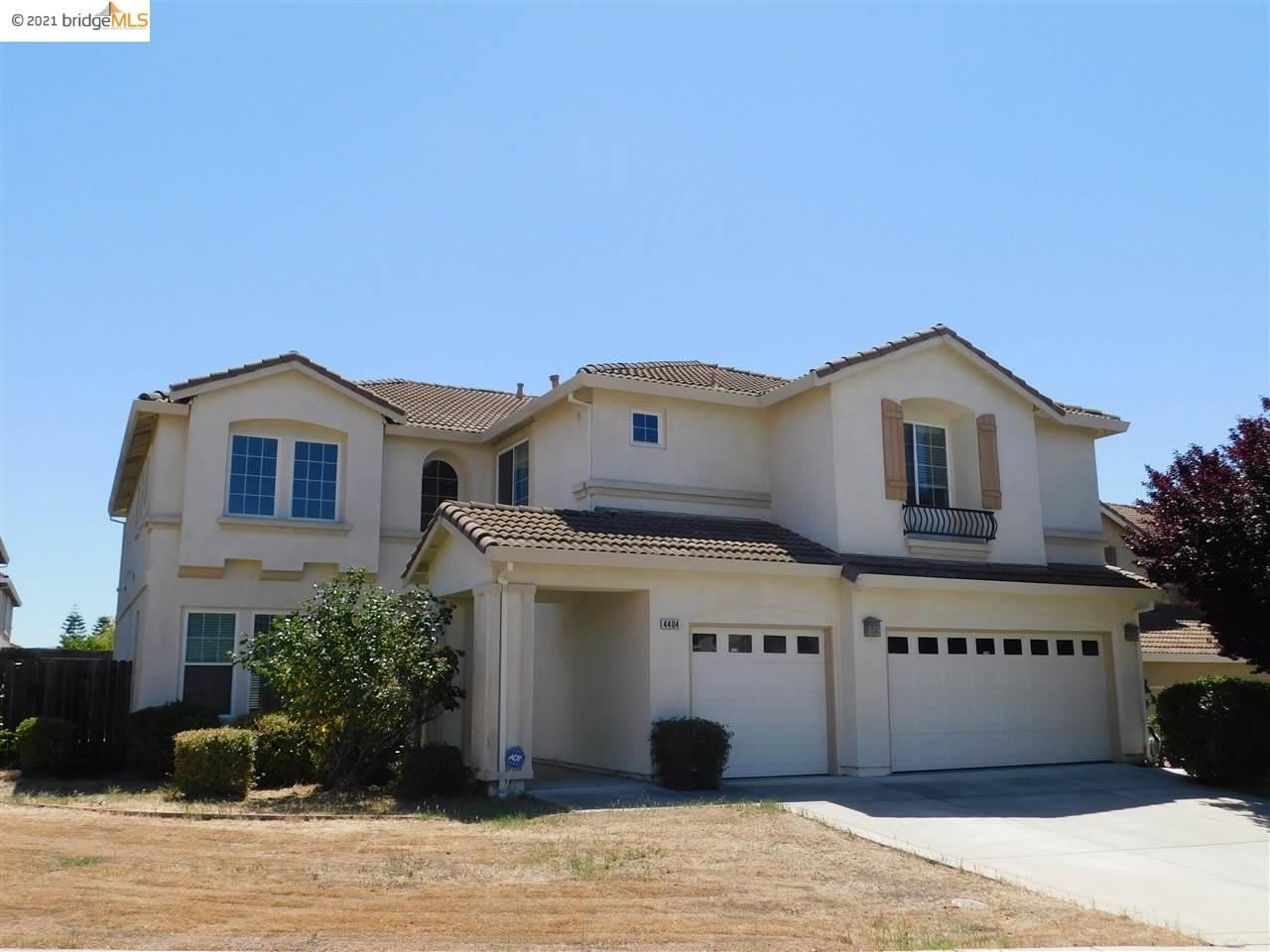 Photo of 4404 Rocky Point Dr, ANTIOCH, CA 94531 (MLS # 40948727)