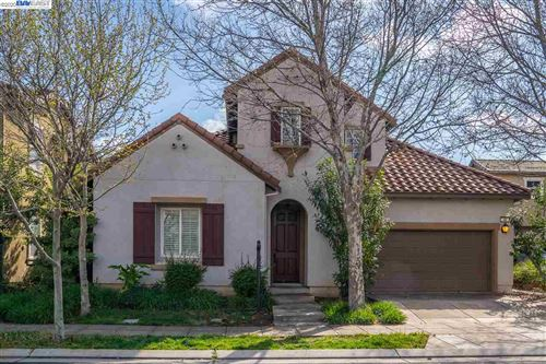 Photo of 48 N Puente Dr, MOUNTAIN HOUSE, CA 95391 (MLS # 40899728)