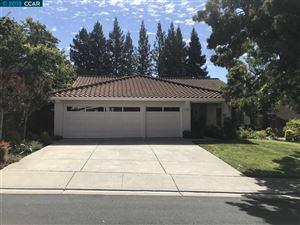 Photo of 509 Iris Ln, SAN RAMON, CA 94582 (MLS # 40839729)
