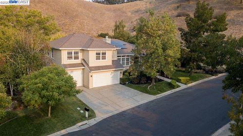 Photo of 124 SHADEWELL, DANVILLE, CA 94506 (MLS # 40924729)