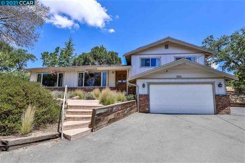 Photo of 4831 John Muir Road, MARTINEZ, CA 94553-4529 (MLS # 40954729)