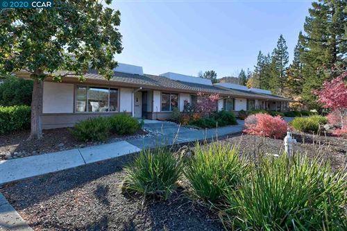 Photo of 3128 Tice Creek Dr #1, WALNUT CREEK, CA 94595 (MLS # 40930730)