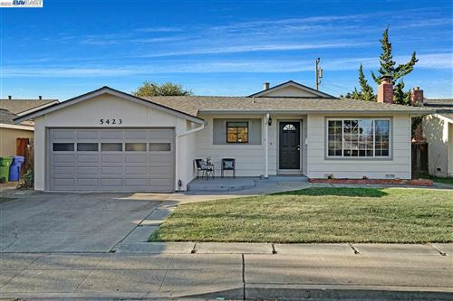 Photo of 5423 Curtis St, FREMONT, CA 94538 (MLS # 40934730)