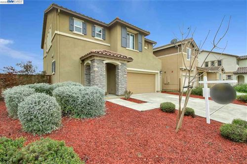 Photo of 360 Coolcrest Dr, OAKLEY, CA 94561 (MLS # 40899733)