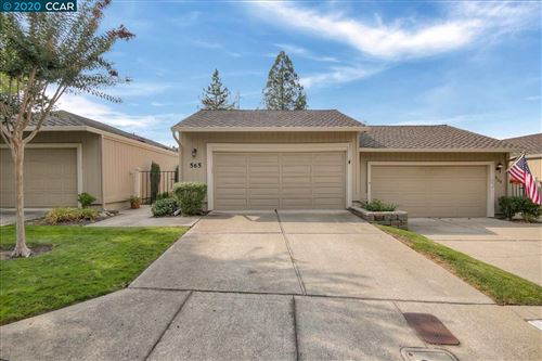 Photo of 565 Rolling Hills Ln, DANVILLE, CA 94526 (MLS # 40924733)