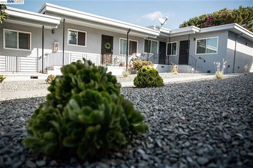 Photo of 9240 Macarthur Blvd, OAKLAND, CA 94605 (MLS # 40937736)
