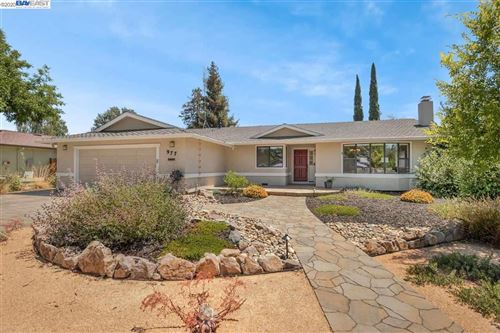 Photo of 977 Venus Way, LIVERMORE, CA 94550 (MLS # 40911737)