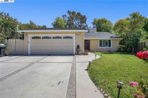 Photo of 725 Hopi Dr, FREMONT, CA 94539 (MLS # 40954738)