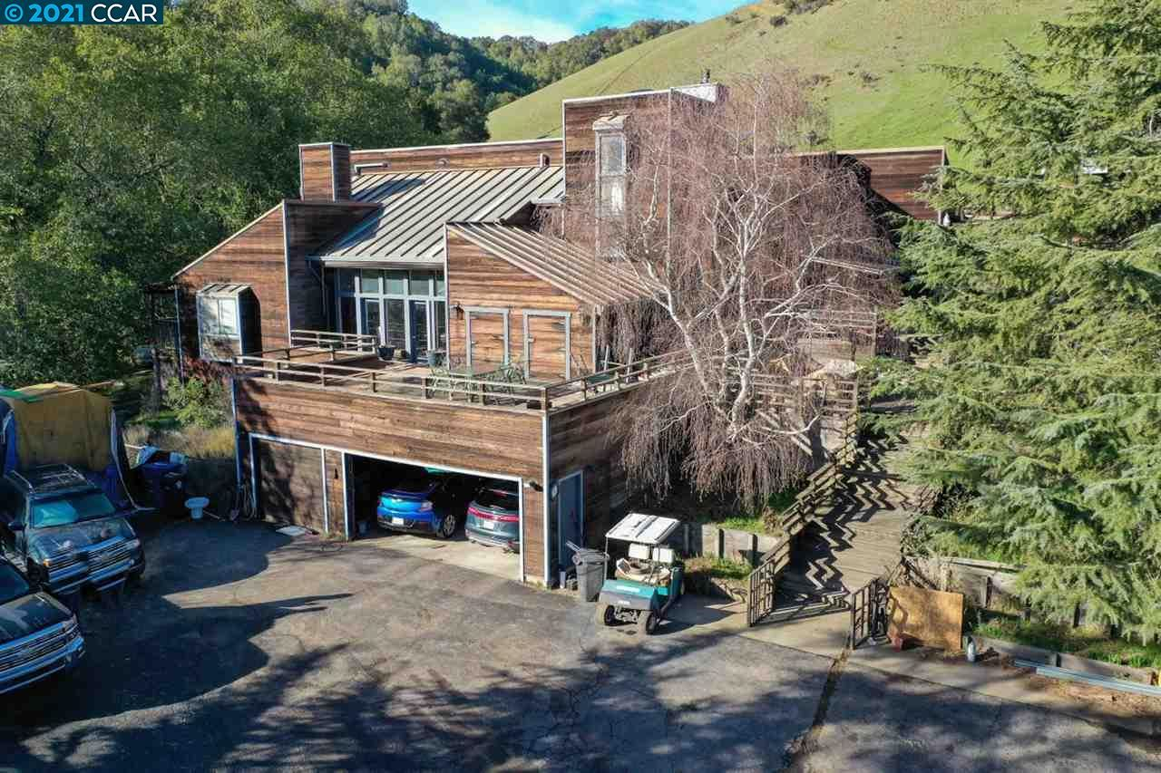 Photo for 6650 Crow Canyon Rd, CASTRO VALLEY, CA 94552 (MLS # 40938740)
