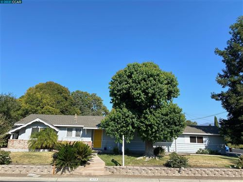 Photo of 475 Le Jean Way, Walnut Creek, CA 94597 (MLS # 40957741)