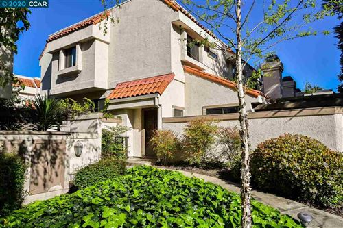 Photo of 306 Preakness Ct, WALNUT CREEK, CA 94597 (MLS # 40900742)