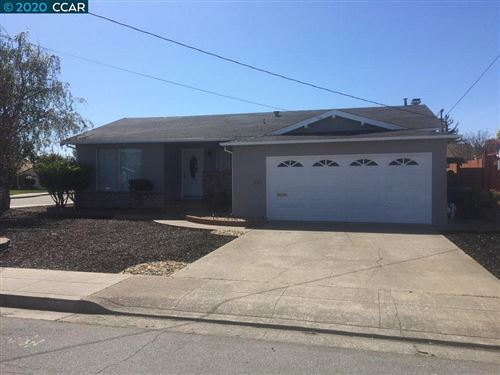 Photo of 15353 Mendocino St, SAN LEANDRO, CA 94579 (MLS # 40900743)