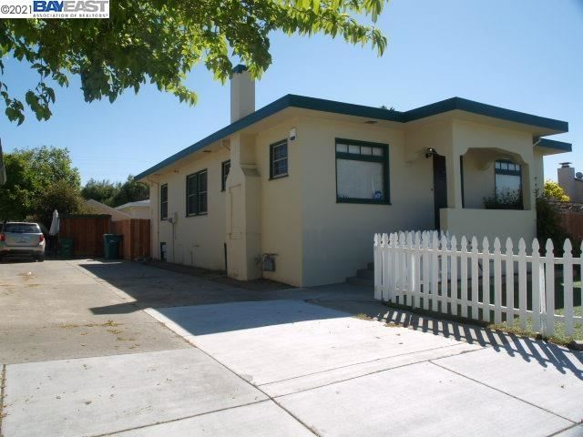 Photo of 16200 Hesperian Blvd, SAN LORENZO, CA 94580 (MLS # 40917743)