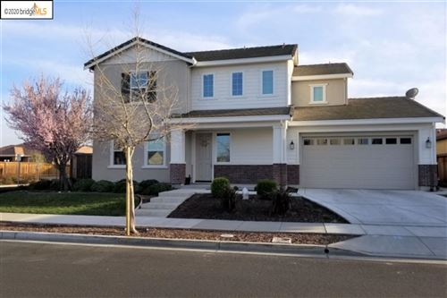 Photo of 574 Fallsburg Ct, BRENTWOOD, CA 94513 (MLS # 40900744)