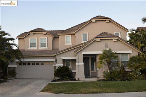 Photo of 3794 Frank Hengel Way, OAKLEY, CA 94561 (MLS # 40930746)