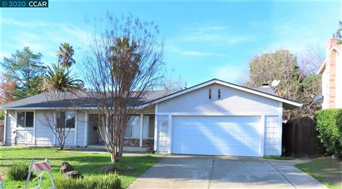 Photo of 3524 Brookdale Ct, ANTIOCH, CA 94509 (MLS # 40890747)