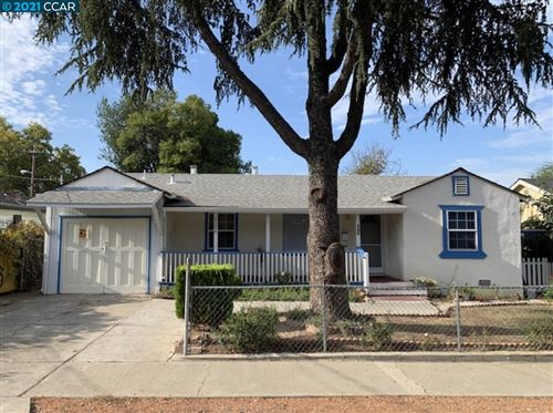 Photo of 2286 Mountain View Dr, CONCORD, CA 94520-1732 (MLS # 40966748)