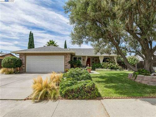 Photo of 642 Hagemann Drive, LIVERMORE, CA 94551 (MLS # 40916751)