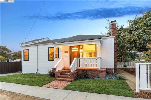 Photo of 201 Ashbury Ave, EL CERRITO, CA 94530 (MLS # 40924751)
