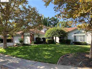 Photo of 1145 Flowerwood Pl, WALNUT CREEK, CA 94598 (MLS # 40888756)