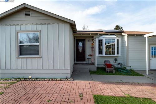Photo of 401 Caswell Ave, OAKLAND, CA 94603 (MLS # 40896756)