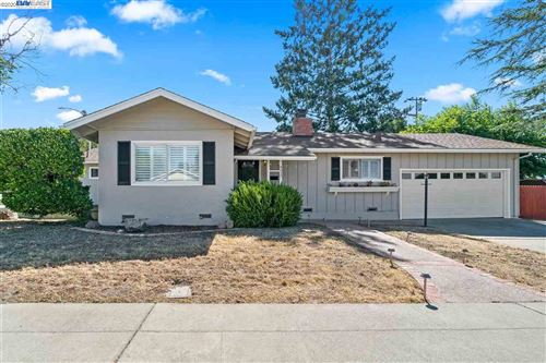 Photo of 4517 Meadowbrook Dr, RICHMOND, CA 94803 (MLS # 40910756)