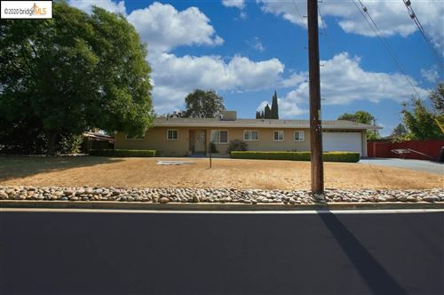Photo of 5700 VERNA WAY, CLAYTON, CA 94517-9999 (MLS # 40922756)