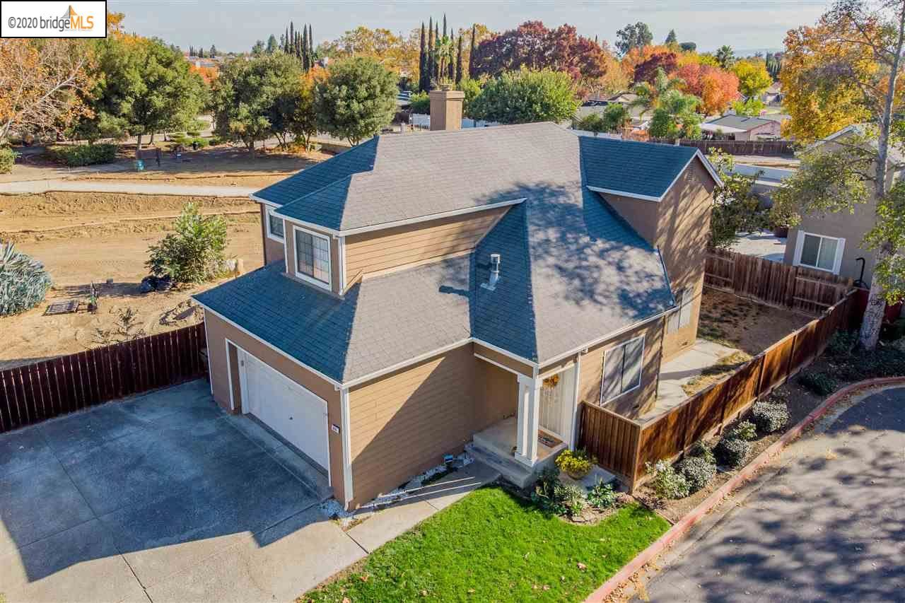 Photo for 670 Willow Creek Ter, BRENTWOOD, CA 94513 (MLS # 40929757)