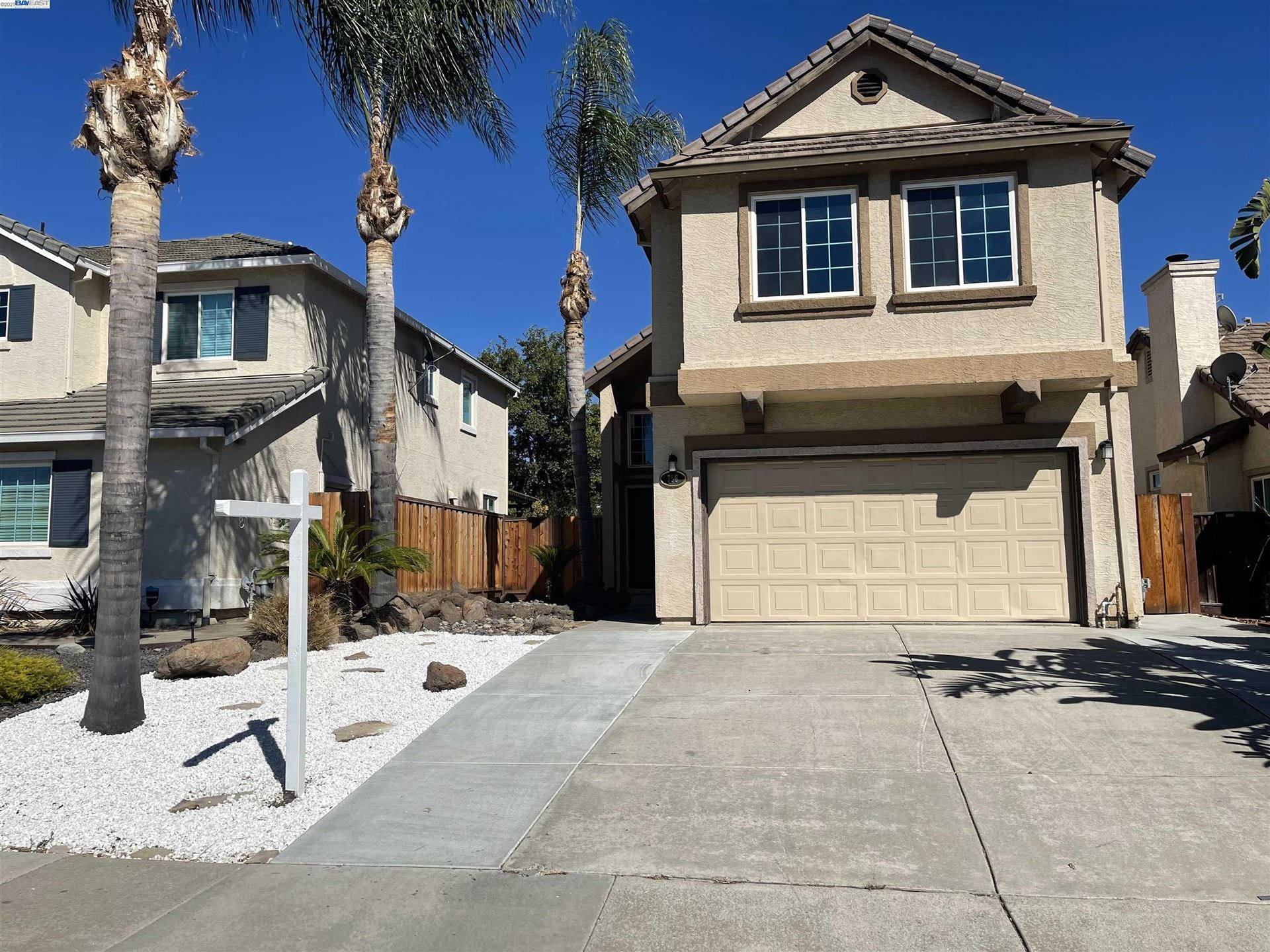 Photo of 756 Crossridge Ct, BRENTWOOD, CA 94513 (MLS # 40966758)