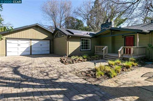 Photo of 820 Palmer Rd, WALNUT CREEK, CA 94596 (MLS # 40895759)