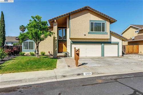 Photo of 1259 Meadowlark Way, CONCORD, CA 94521 (MLS # 40911759)