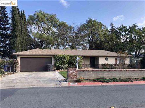 Photo of 1015 San Miguel Rd, CONCORD, CA 94518 (MLS # 40921759)